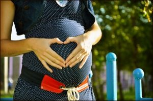 Schwangerschaftskleid verschenken