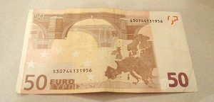 50 Euro Schein glätten