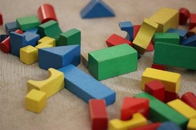 Bauklötze als Geschenk schon für den Kindergarten