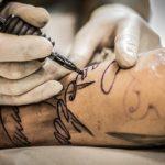 Geldgeschenk für ein Tattoo oder einen Tattoo-Fan