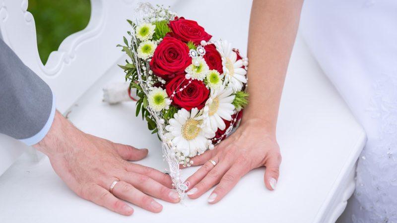 Romantisches Geschenk zum Hochzeitstag