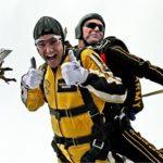 Skydiving für Unerschrockene - Geschenke für Männer die alles haben